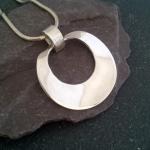 silver-ripple-pendant
