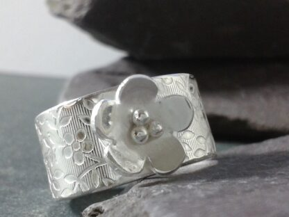 Wide Band Flower Ring