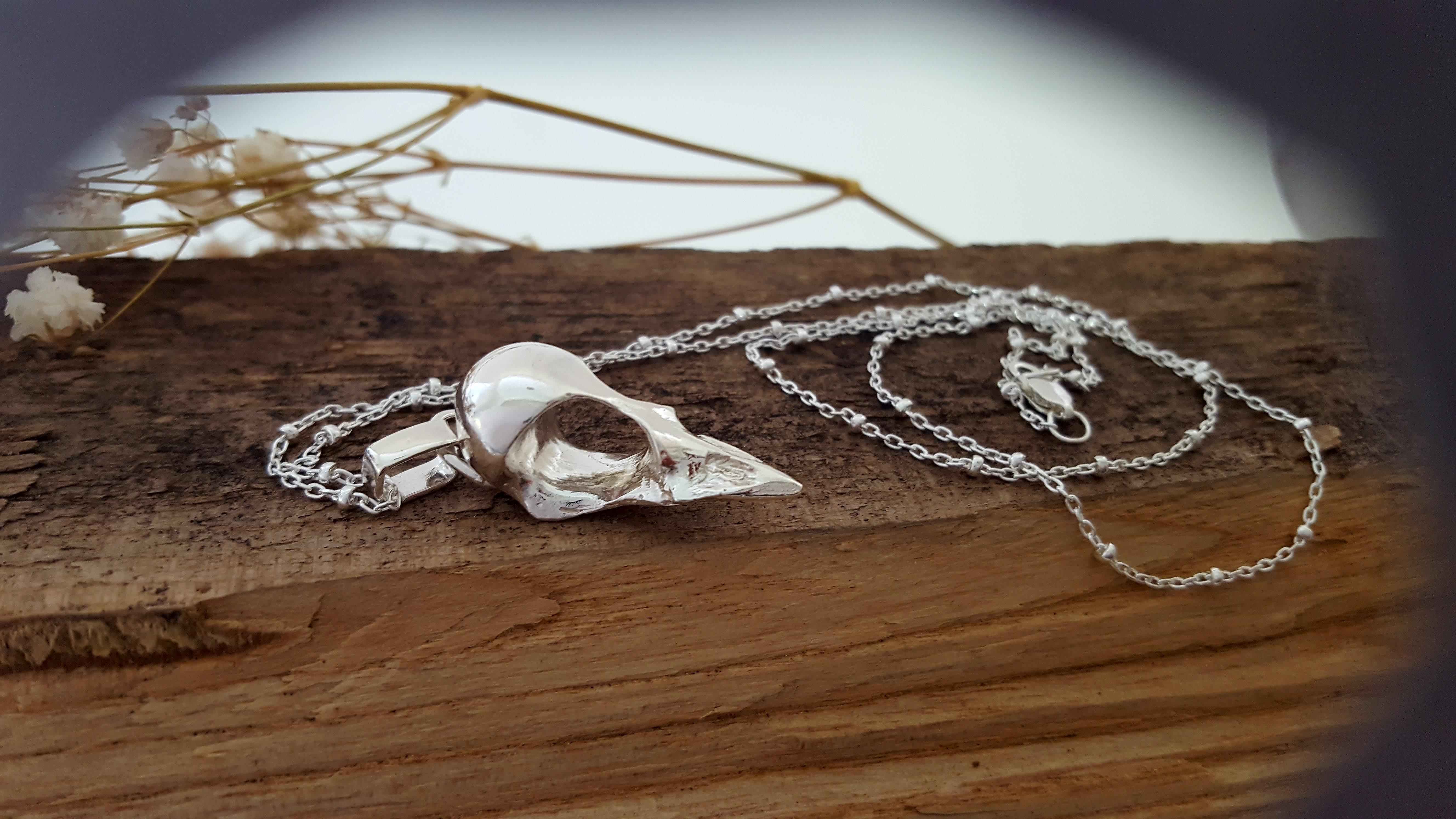 Silver skull pendant