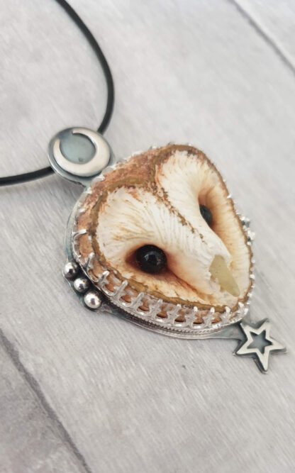 Alba Owl Pendant
